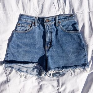 Levis Vintage Medium Wash High Rise Denim Shorts 4
